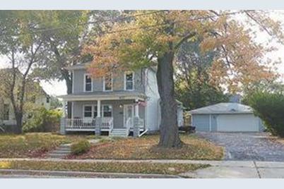 427 N Main St - Photo 1