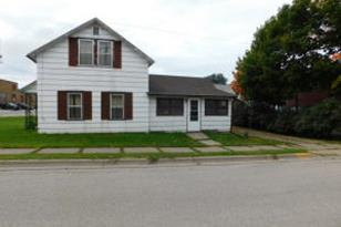1129  Front St - Photo 1