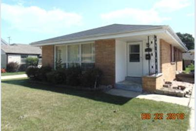 3935 E Park Ln Cudahy Wi 53110 Mls 1602520 Coldwell Banker