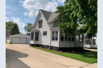 Superb 122 Dewey Ave Watertown Wi 53094 Beutiful Home Inspiration Ommitmahrainfo