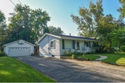 Outstanding 307 Front St Watertown Wi 53094 Beutiful Home Inspiration Ommitmahrainfo