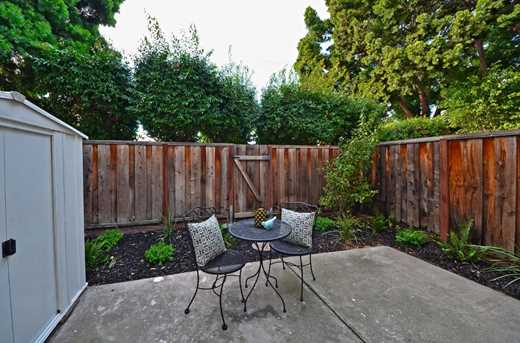 609 Lakehaven Terrace - Photo 20