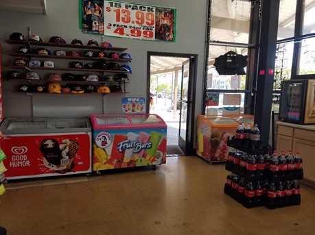 992 El Monte Ave - Photo 4