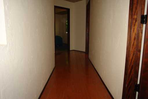 236 W Hilton Dr - Photo 26