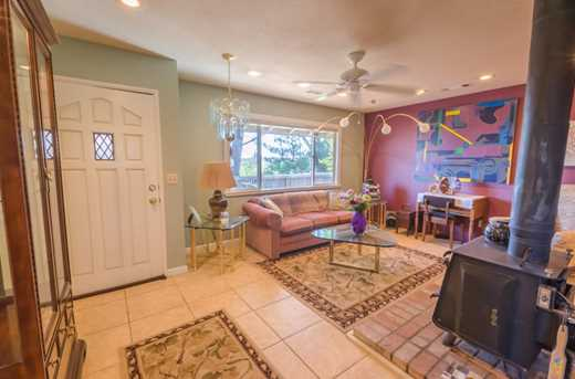 14864 Pleasant Valley Dr - Photo 16