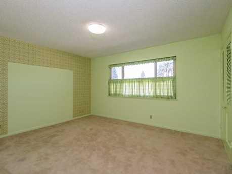 257 Arlington Rd Penthouse - Photo 22