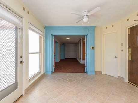 257 Arlington Rd Penthouse - Photo 2