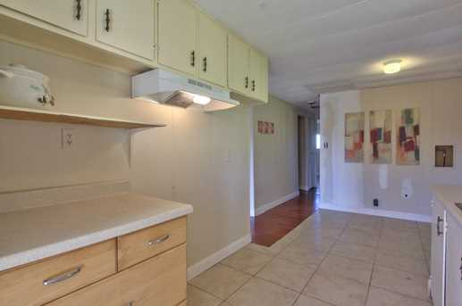 15891 Meridian Rd - Photo 8