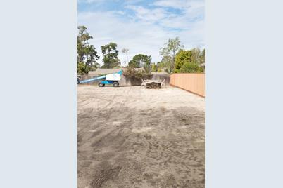 1334 Shafter Ave - Photo 1
