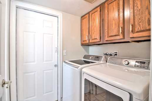 3634 Deedham Dr - Photo 22