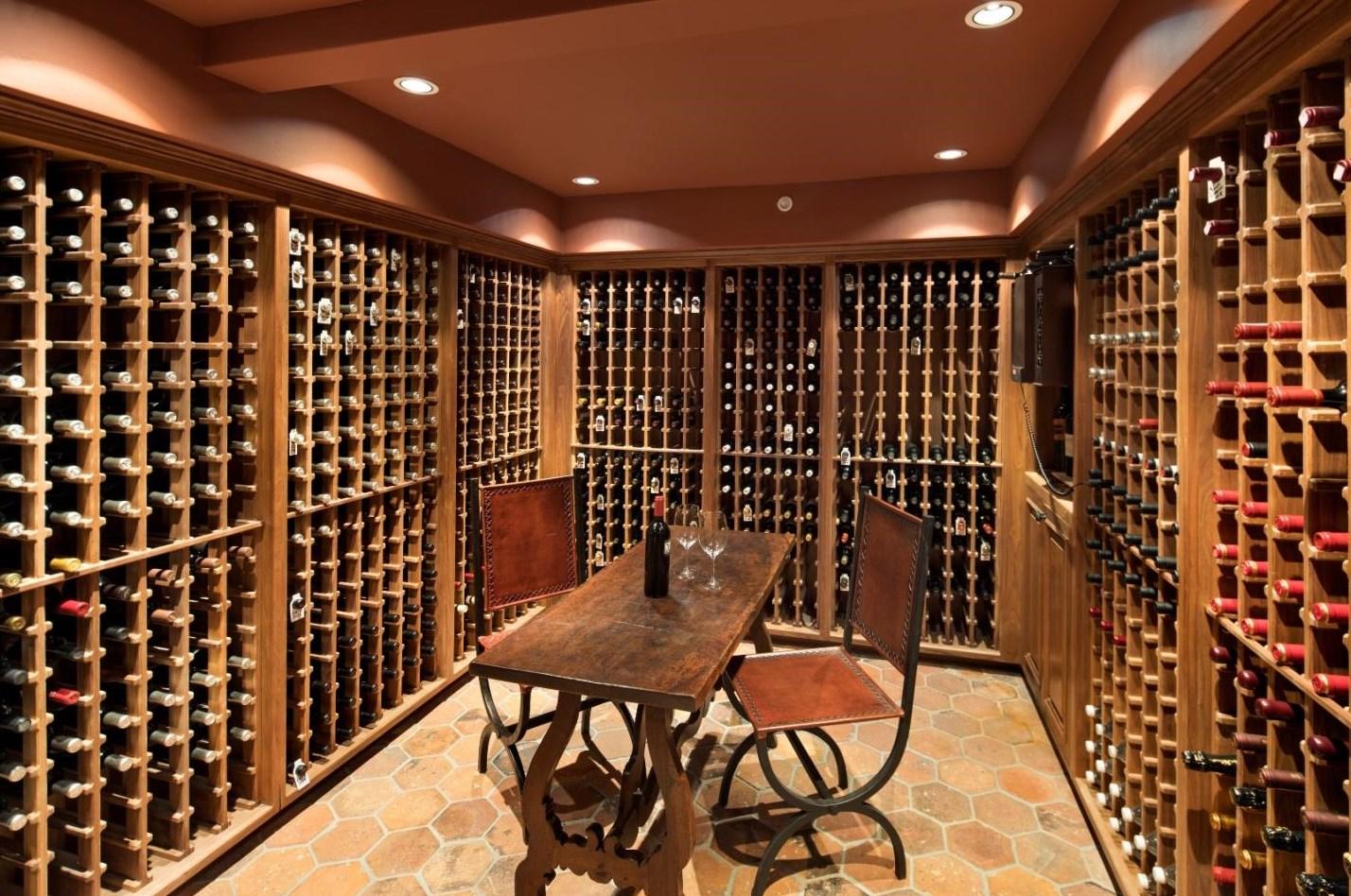 1600 fľaší vína sa zmestí do obrovskej pivnice - svetapple.sk
