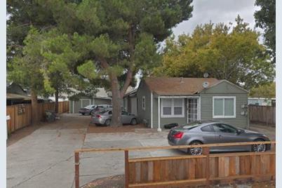 475 N Fair Oaks Ave - Photo 1