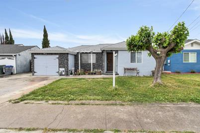 342 Stowell Ave - Photo 1