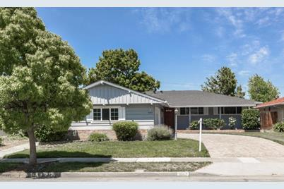 1643 Swallow Dr - Photo 1