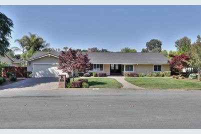 1305 Echo Valley Dr - Photo 1