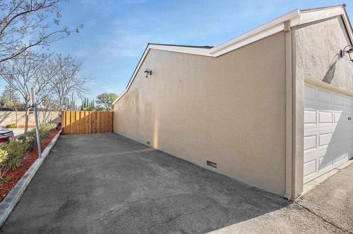 1476 Camden Ave, Campbell, CA 95008