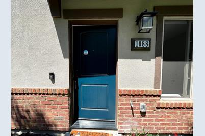 1088 Barberry Ter - Photo 1