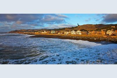 1567 Beach Blvd - Photo 1