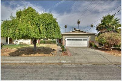 5119 Silver Reef Dr - Photo 1