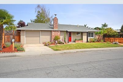 230 Forest Ave - Photo 1