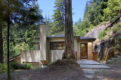 333 Wooded Way - Photo 1