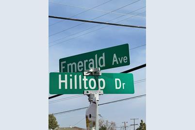 11 Hilltop Dr - Photo 1