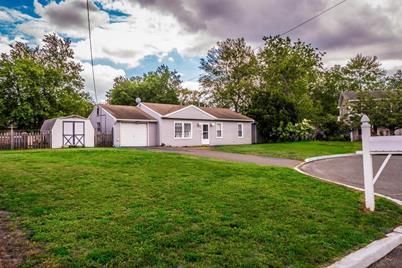 427 Sycamore Drive - Photo 1