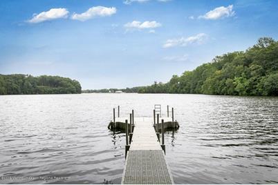 7 Beaver Dam Road, Colts Neck Township, NJ 07722