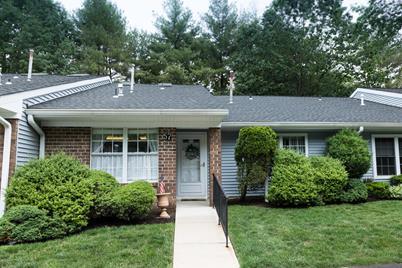 57 Boxwood Terrace #165 - Photo 1