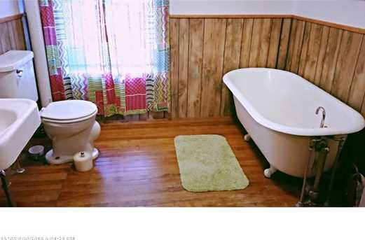 211 Macomber Hill Rd - Photo 14