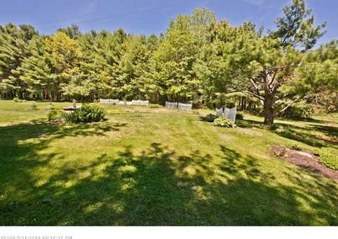 896 Rockland Rd - Photo 32