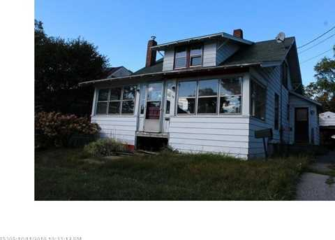 39 Boutelle Ave - Photo 1