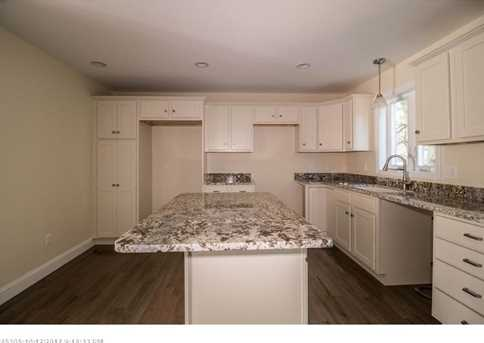 11 Willowdale Rd 1 - Photo 8