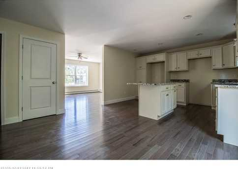 11 Willowdale Rd 4 - Photo 10