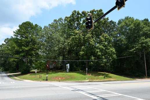 4468 Covington Highway - Photo 2