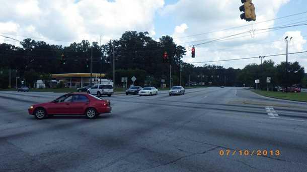 2330** Jonesboro Road - Photo 6