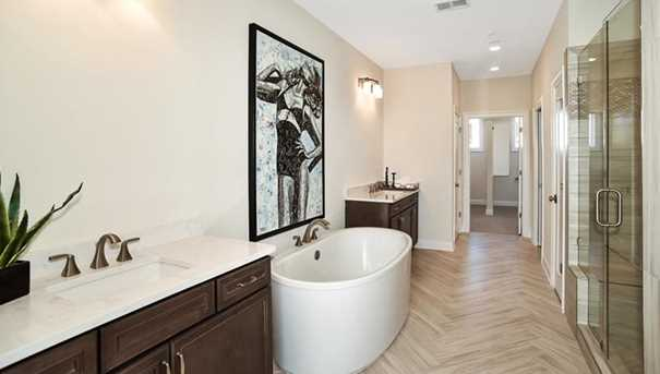 4512 Collins Ave #10 - Photo 22