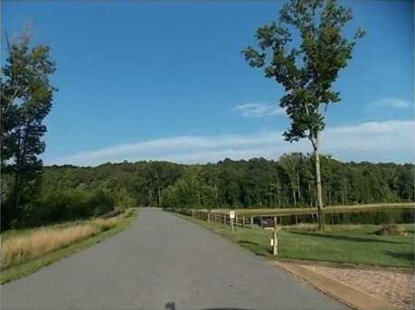 25 Saratoga Drive #6 - Photo 12