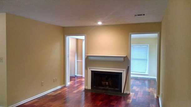 8740 Roswell Road #9D - Photo 4