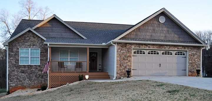 136 Valley Drive - Photo 1