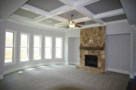 725 Deer Hollow Trace - Photo 8
