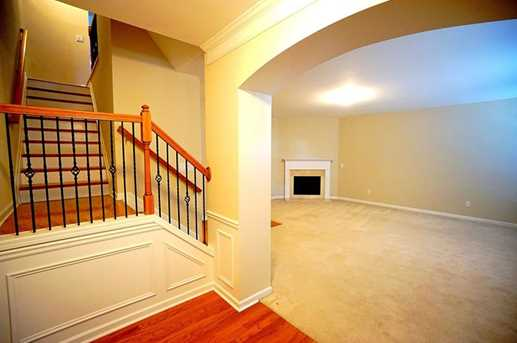 10464 Holliwell Court - Photo 2