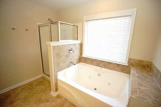 10464 Holliwell Court - Photo 20