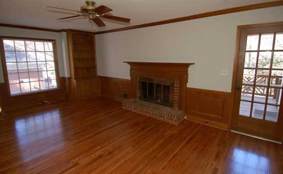 415 Sassafras Lane - Photo 10