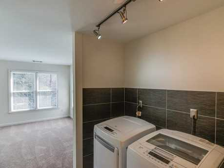 439 Melrose Avenue - Photo 28