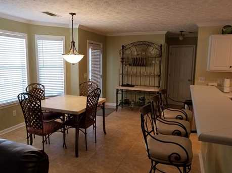 5497 Silver Springs Dr - Photo 10