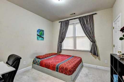 640 Jefferson Place - Photo 18