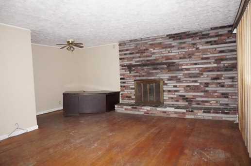 4008 Cedar Grove Place - Photo 4