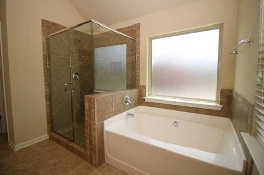 2945 Vine Ridge Drive - Photo 14
