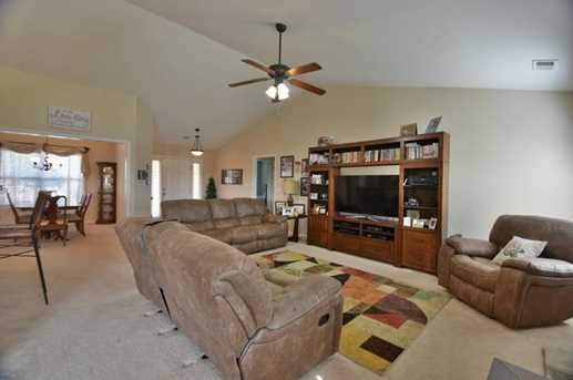 41 Chimney Springs Drive SW - Photo 4